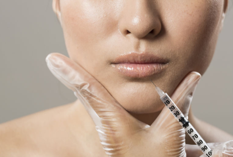 01 PROCEDURE - Botox and fillers procedure